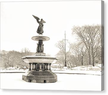 Angel Of The Waters - Central Park - Winter Canvas Print