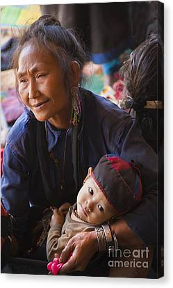 Ann Tribal Grandmother - Kengtung Burma Canvas Print