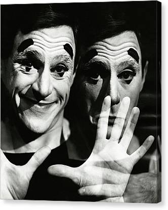 Anthony Newley In Stop The World - I Want To Get Canvas Print
