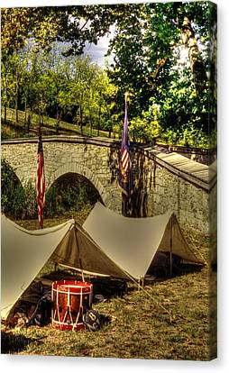Antietam - 8th Connecticut Volunteer Infantry-a1 Encampment Near The Foot Of Burnsides Bridge Canvas Print