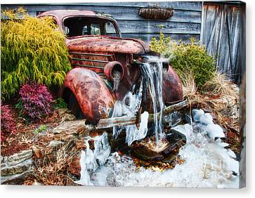 Antique Car Water Fountain Columbus Georgia Canvas Print