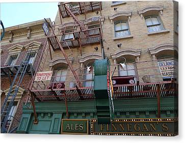 Apartment To Let At Finnegans Canvas Print by Richard Reeve