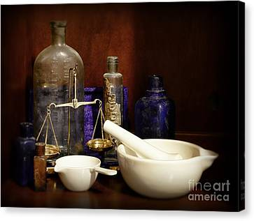 Apothecary - Mortar Pestle And Scales Canvas Print by Paul Ward