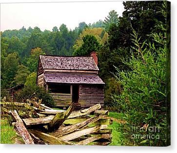 Appalachian Cabin With Fence Canvas Print by Desiree Paquette