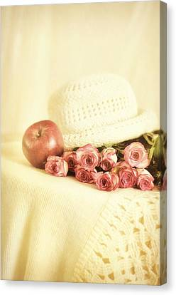 Apple With Roses Canvas Print by Gynt Art