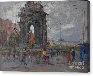Arc De Triomphe. Moscow Canvas Print by Ilya  Izyumov