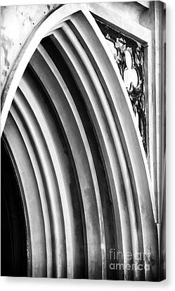 Arches At Huguenot Canvas Print by John Rizzuto