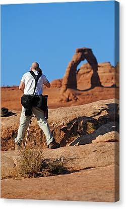 Canvas Print featuring the photograph Arches Np 27 by Jeff Brunton