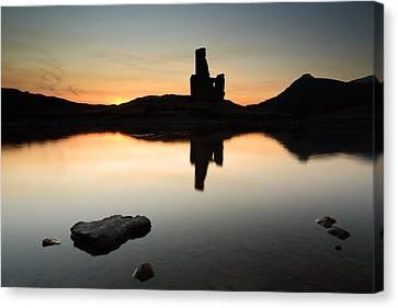 Ardvreck Sunset Canvas Print by Grant Glendinning