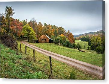 Arkansas Barn Canvas Print by Larry Pacey