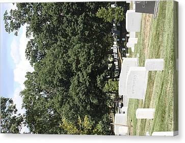 Arlington National Cemetery - 121237 Canvas Print by DC Photographer