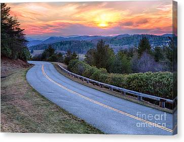 Around The Bend - Blue Ridge Parkway Canvas Print