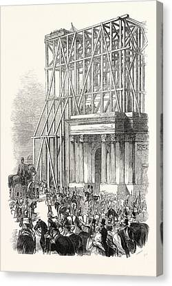 Arrival Of The Wellington Statue At The Arch Canvas Print