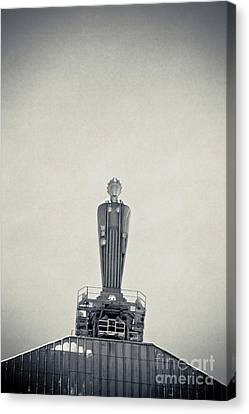 Art Deco Ceres Statue At The Board Of Trade Canvas Print by Linda Matlow