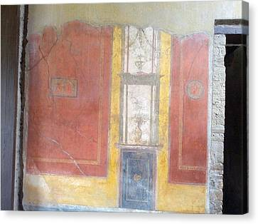 Art In Pompeii Home II Canvas Print by Shesh Tantry