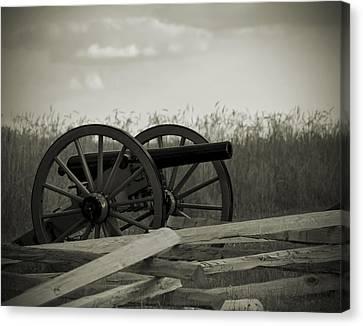 Artillery At Mcpherson Ridge Canvas Print