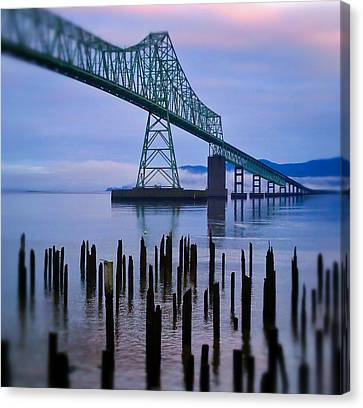 Astoria Sunrise Canvas Print by Darren  White