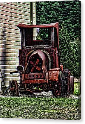Canvas Print featuring the photograph At Rest by Ron Roberts