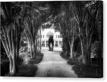 Atlanta Botanical Garden-black And White Canvas Print