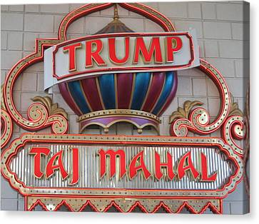 Atlantic City - Trump Taj Mahal Casino - 01131 Canvas Print by DC Photographer