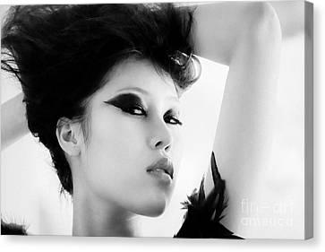 Attractive Asian Woman Canvas Print by Fototrav Print
