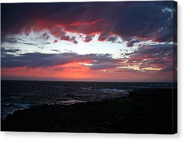 Canvas Print featuring the photograph Australia Sunset by Henry Kowalski