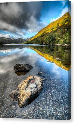 Autumn At Crafnant  Canvas Print by Adrian Evans