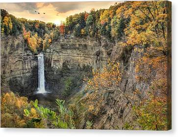 Autumn At Taughannock Falls Canvas Print by Lori Deiter