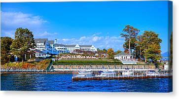 Autumn At The Sagamore Hotel - Lake George New York Canvas Print