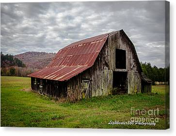 Autumn Barn Canvas Print