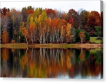 Autumn Evening On Rose Valley Lake Canvas Print