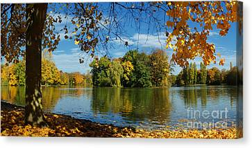 Autumn In The Park 2 Canvas Print