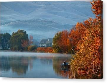 Canvas Print featuring the photograph Autumn Reflection by Lynn Hopwood