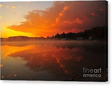 Autumn Sunrise At Stoneledge Lake Canvas Print by Terri Gostola