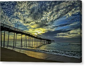 Avon Pier At Dawn Canvas Print