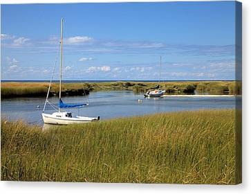 Canvas Print featuring the photograph Awaiting Adventure by Gordon Elwell