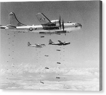 U.s. Air Force Canvas Print - B-29s Dropping Bombs by Underwood Archives
