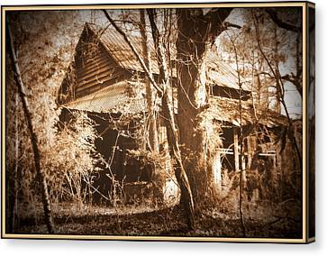 Backwoods Barn In Sepia Canvas Print by Lisa Wooten