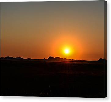 Badlands Sunrise Canvas Print by Robin Williams