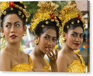 Balinese Dancers Canvas Print by David Smith