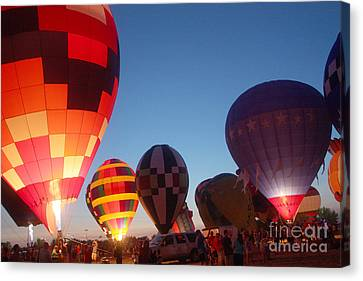 Balloon-glow-7783 Canvas Print by Gary Gingrich Galleries