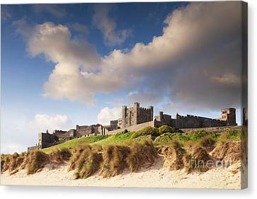 Bamburgh Castle Northumberland England Canvas Print by Colin and Linda McKie