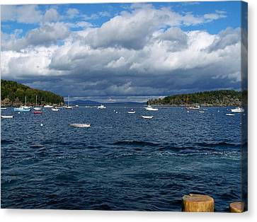 Canvas Print featuring the photograph Bar Harbor Me by Gene Cyr