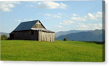 Barn #1 Canvas Print
