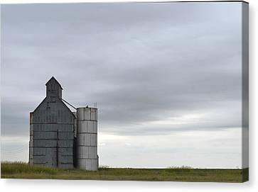 Barn Amarillo I-40 Canvas Print