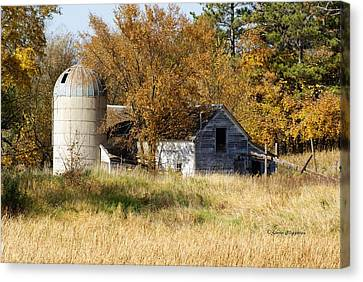 Barn And Silo 2 Canvas Print by Steven Clipperton