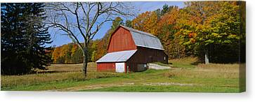 Barn In A Field, Sleeping Bear Dunes Canvas Print