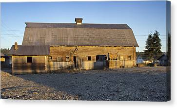 Barn In Rural Washington Canvas Print by Cathy Anderson