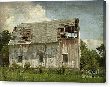 Barn - Lonely And Abandoned - Luther Fine Art Canvas Print by Luther Fine Art