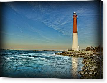 Barnegat Lighthouse II - Lbi Canvas Print by Lee Dos Santos